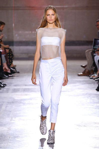 Un top 'strapless' te ayudará a estar cómoda y fresca en t...