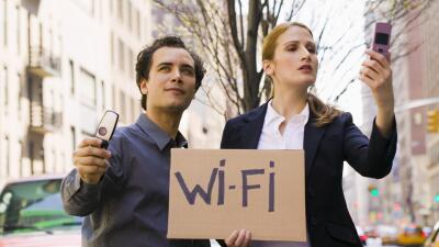 Conéctate a una red Wi-Fi, con estas sugerencias de 'gadgets' y 'apps'.