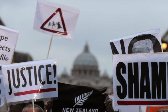 El Vaticano es el centro de las protestas ya que los manifestantes lo se...