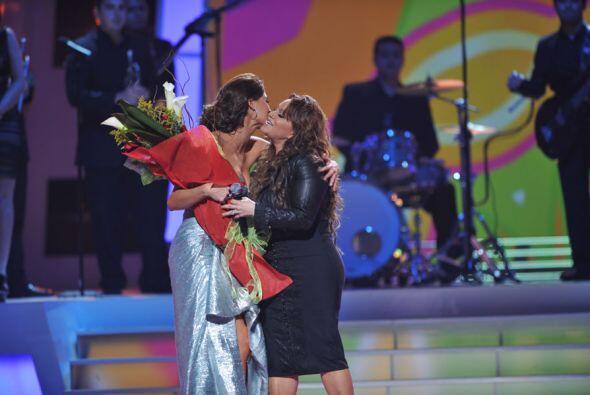 Jenni no asistió a Premio Lo Nuestro 2012 aunque fue nominada en dos cat...