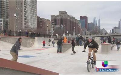 Inauguran nuevo parque de patinaje en Chicago