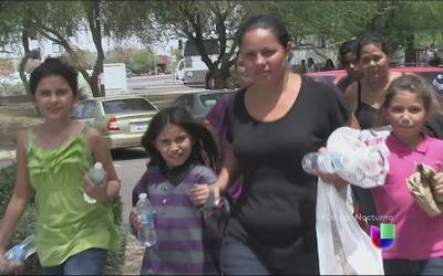 Los problemas de los inmigrantes liberados en Arizona