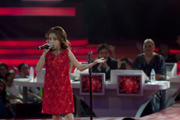 Joselyn cantó 'Mudanzas', tema que popularizara la D´Alessio.
