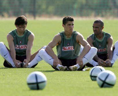 Con la grande PortugalTambién en agosto del 2003 Cristiano Ronald...