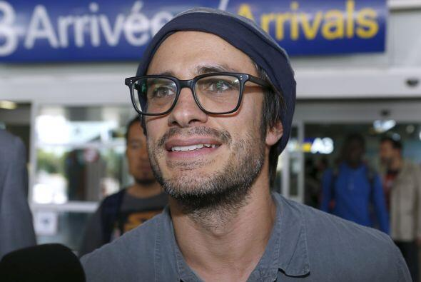 El talentoso actor y productor mexicano es padre de dos hijos con su esp...
