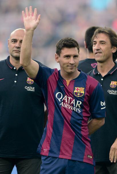 Lionel Messi apareció en el campo ya presentado como uno de los n...