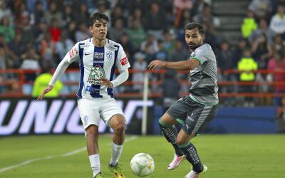 Pachuca y Santos se enfrentan dentro de la actividad de la fecha 13 del...