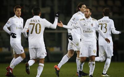Milan logró el empate con Torino volviendo de un 2-0.