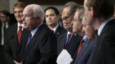 El Grupo de los Ocho que redactó la reforma migratoria del Senado.