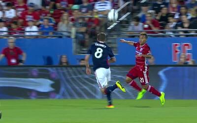 Maxi Urruti de FC Dallas burló a los defensas, marcó estos golazos y fue...