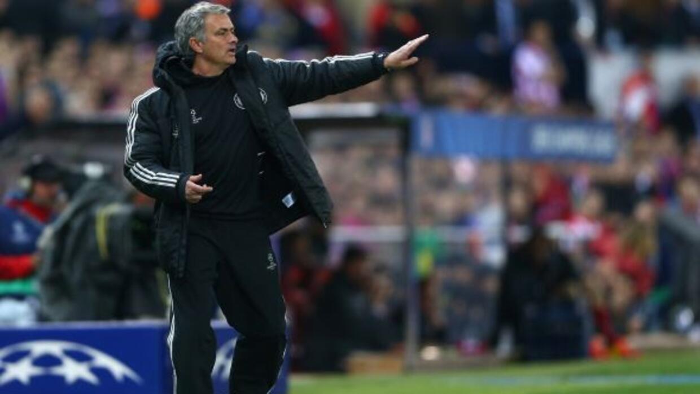 José Mourinho aseguró que juegue quien juegue, Chelsea dará todo ante Li...