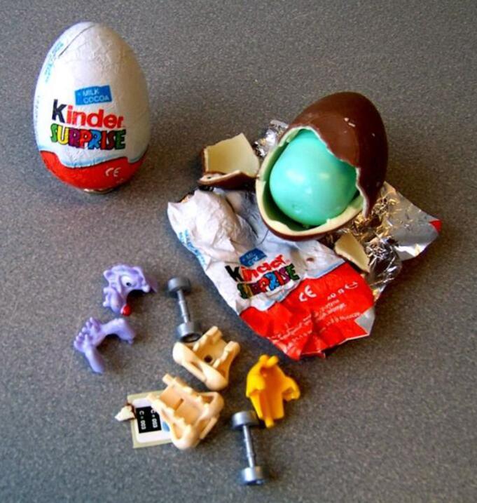 """Hasta los dulces de chocolate """"Kinder Surprise"""" han sido utilizados."""