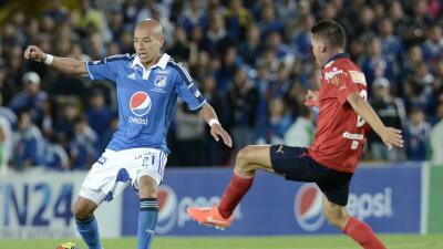 Juan Esteban Ortiz jugando para Millonarios.