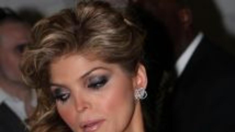 Ana Bárbara negó que su ex le esté pidiendo manutención.