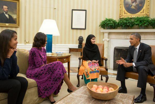 La adolescente paquistaní Malala Yousafzai, quien sobrevivió a un intent...