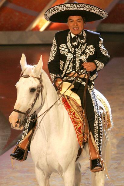 Ese mismo año el George Lopez metió a un caballo en el escenario de Lati...