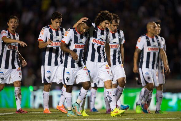 El caso más crítico es el de Rayados. El equipo de Carlos Barra se cayó...