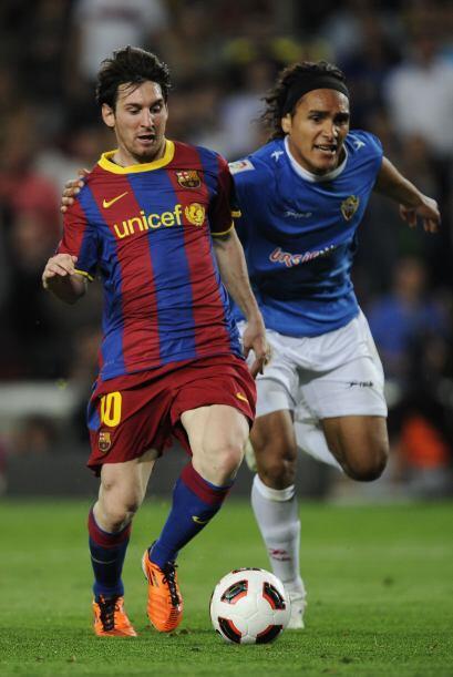 Barcelona seguía dominando y cuando se terminaba el encuentro, Messi se...