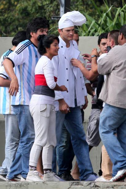 Ashton Kutcher también disfrutó el mundial, y además de asistir a alguno...