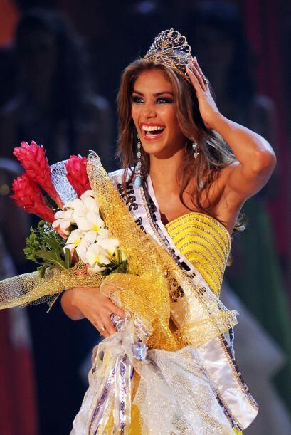 Dayana Mendoza de Venezuela ganó el certamen en 2008. Fue coronada con u...