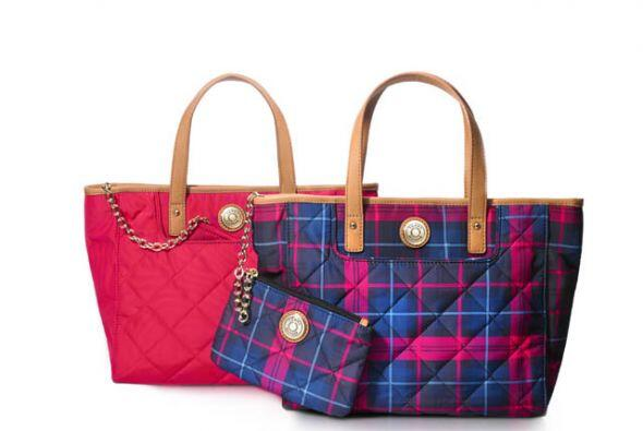 Sabes que es una mujer con estilo casual y que es amante de las bolsas,...