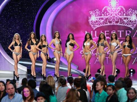 Solamente  NuestraBellezaLatina.com te da la oportunidad de disfrutar en...