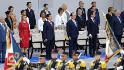 El presidente francés, François Hollande, el primer ministro francés, Ma...