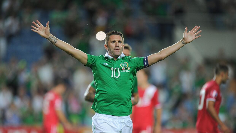 Robbie Keane celebra su gol con la República de Irlanda