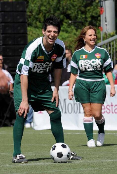 Jenni Rivera jugó en la vida como una verdadera futbolista. Siempre iba...