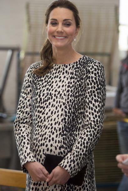"""Kate con carita de: """"Síii, me cacharon""""."""