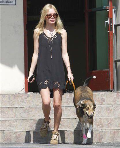 Kate Bosworth y Daka   Kate  Bosworth demostró su amor por los caninos a...