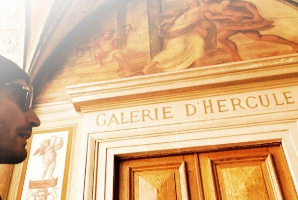 En el palacio de Mónaco, galería de Hercules.