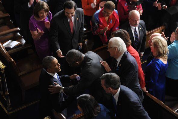 """Añadió que el Congreso puede ayudar """"poniendo a perso..."""