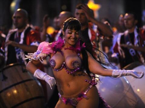 El Día Nacional de Candombe se celebra en Montevideo, Uruguay. Esta fest...