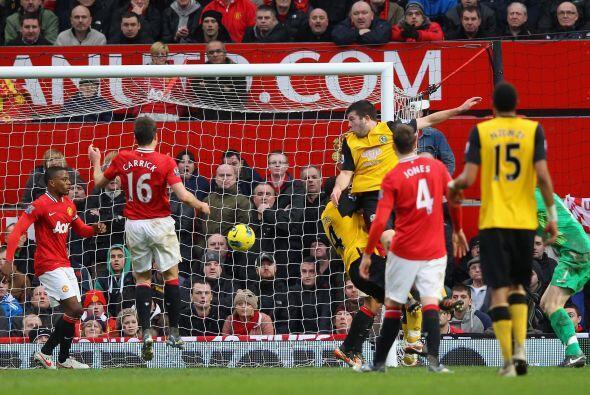 Una mala salida del potero De Gea terminó en el tercer gol del Blackburn.