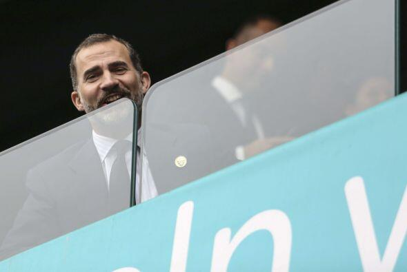 El príncipe Felipe viajó junto a Mariano Rajoy, presidente...