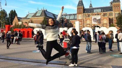 Maity Iteriano vacaciones por europa Despierta América