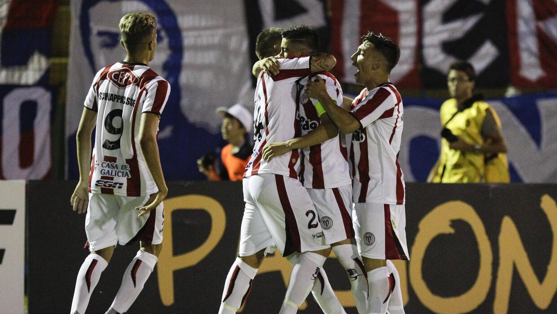 River Plate de Uruguay derrotó a la U de Chile