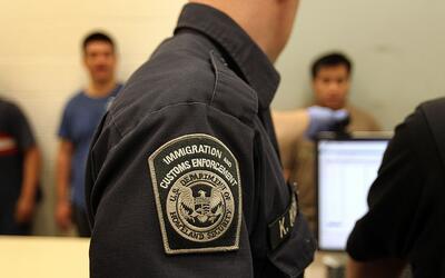Los tres lugares donde ICE le pedirá revisar su estatus migratorio