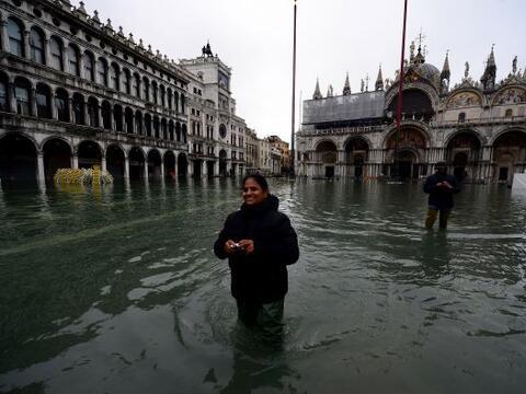 La ola de mal tiempo que sacude el norte de Italia inundó a Venec...