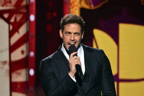 El actor cubano tuvo el gran honor de presentar al Pitbull.