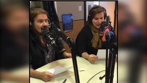 Pimpinela participa en el programa 'Perros de la Calle' donde cantan una...