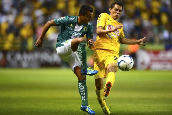 7 EDWIN HERNÁNDEZ.- Es el lateral izquierdo del León donde cumple una fu...