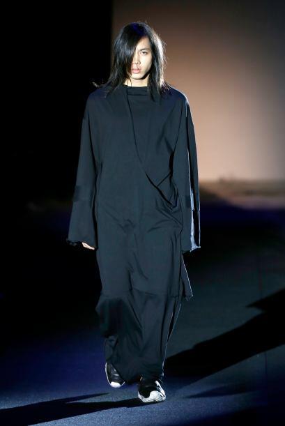 Creemos que este diseño de Jenya Malygina está inspirada en la cinta de...