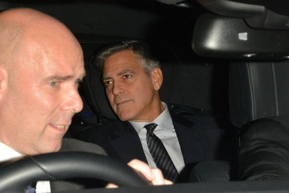 El Sr. y la Sra. Clooney encabezaron un tremendo banquete muy exclusivo...