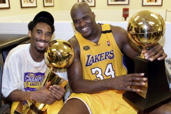 Formando un tándem imparable con Shaquille O'Neal, los Lakers arr...