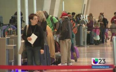 En calma el aeropuerto Dallas Fort Worth