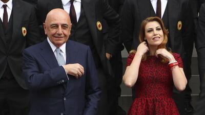 El magnate y ex primer ministro de Italia se reunió hoy con un inversor...