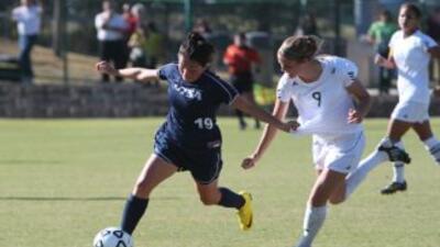 Las chicas del equipo de fútbol UTSA clasificaron al torneo de la NCAA t...