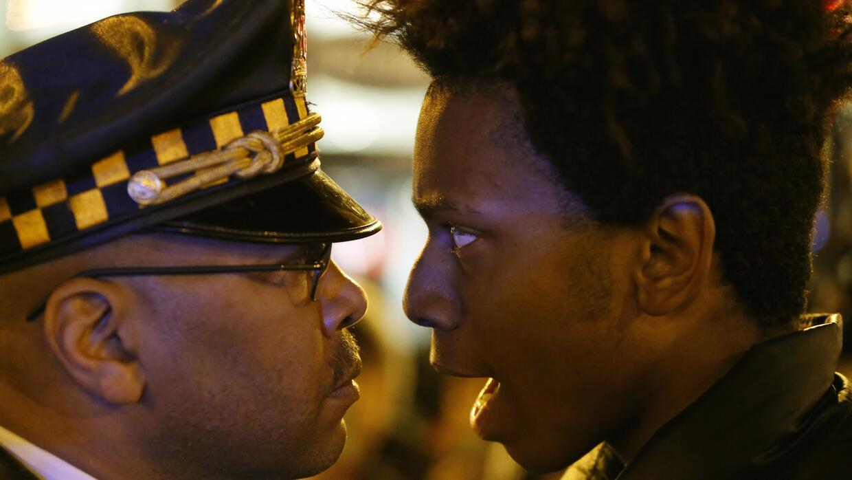 Por segunda noche consecutiva continuaron las protestas en Chicago